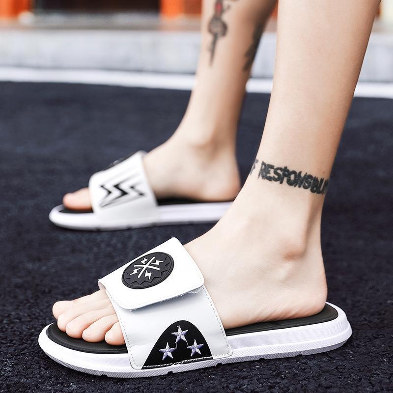 RCEDK Erkek erkek moda Kore Style 2020 yeni kişiselleştirilmiş Flip-flop çift yaz terlik sandalet Ayaklı-flop ve terlik sandalet Sanda