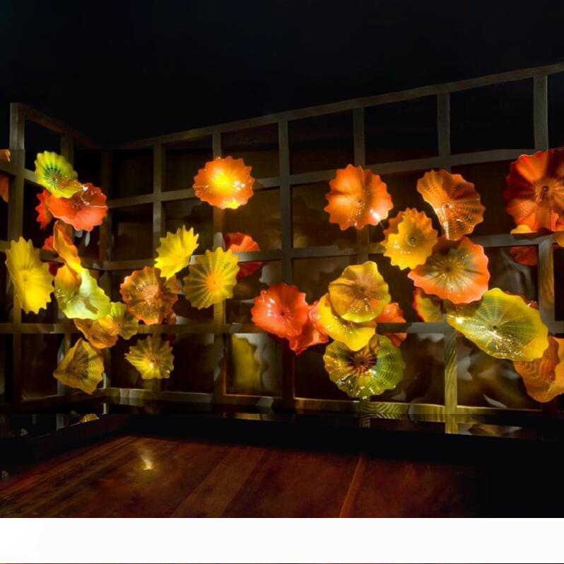 Blown Piastre parete di vetro di lusso Giallo Arancio di lusso su ordine Piastre hotel della decorazione della parete di vetro del fiore di arte decorazione forma Wall Art Lampade