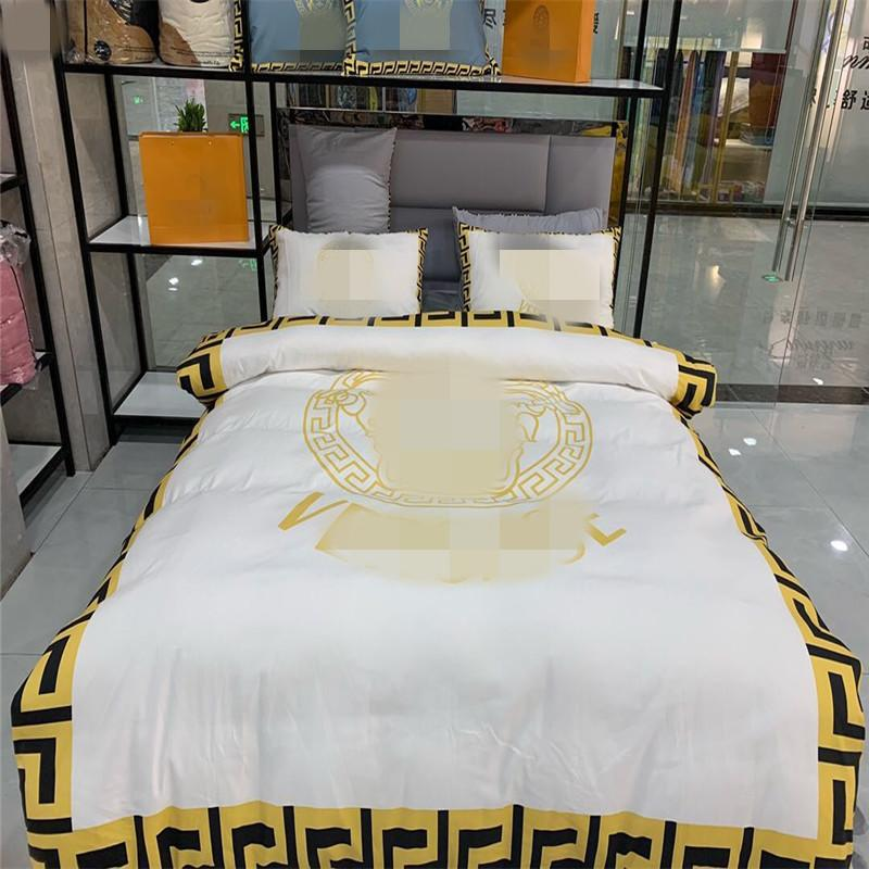 Classic Letter Printed Bedding Cover Duvet Cover Pure Cotton Bed Sheet Bedding Room Sheet Set Bedding Sets Fast ship