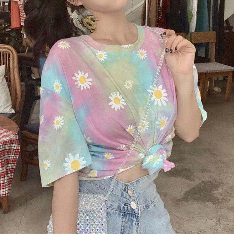 T-shirt das mulheres Galaxy T Shirt Mulheres Manga Curta Solta Daisy Imprimir Tops de Moda de Verão Tingido Harajuku Tee Plus Size