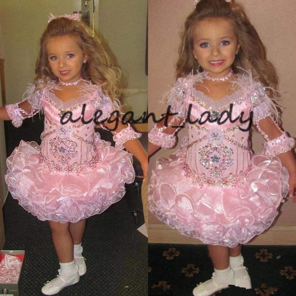 Rosa Glitz ragazze vestiti da spettacolo 2021 infantili 3/4 maniche Perline di cristallo strass increspature Cupcake Dress Flower Girls
