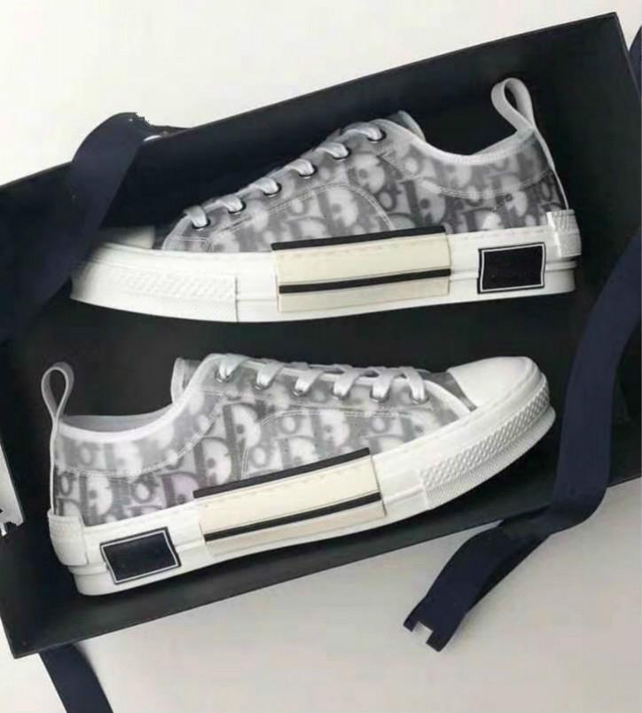 Frauen Oblique Technische Leinwand texturierte Buchstaben drucken Schnürschuh Herren Weiß Schwarz Zwei-Ton-Gummi-Sohle Freizeitschuhe 01