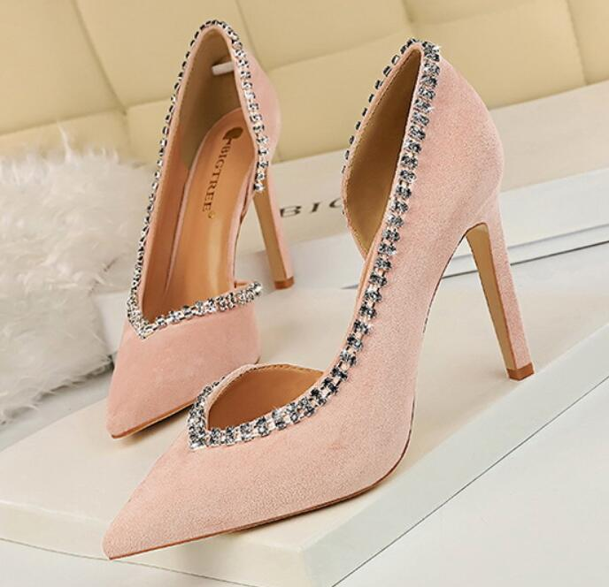 Verano 2020 nueva moda versátil boda del partido zapatos huecos de ultra alto talón de ante de la boca poco profundas secundarios diamantes de imitación