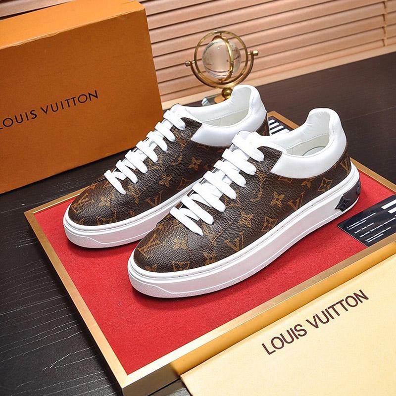 2020 A7 высокого качества Mens Классические Повседневная обувь из кожи на шнуровке моды Роскошные дизайнерские туфли Красивый Мужские кроссовки Оригинальная коробка