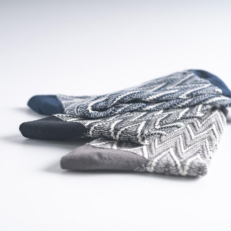Cotton Nazionale dei nuovi uomini di autunno e l'inverno a doppio ago doppio-senso calzini di inverno degli uomini calzini linea spessa stile etnico cotone