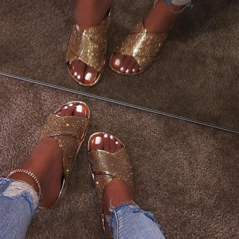 Estate 2020 nuovi pattini pigri selvatici indossare sandali femminili più il formato strass sandali piatti e ciabatte croce x212