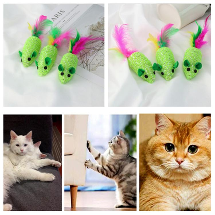 HOT Green braided Artificial feather mouse toy with funny sounds Funny cat toy cat supplies Scratch resistant animal toys T2I5929