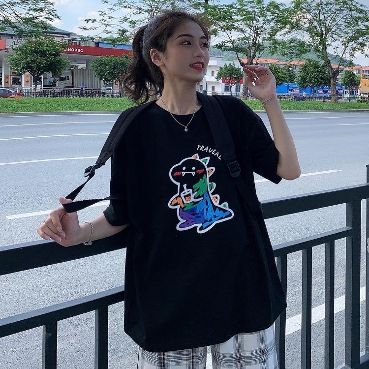 2020 nuovo stile coreano sciolto del tutto-fiammifero maglietta sveglia di piccolo dinosauro graffiti stampa girocollo a manica corta donne della moda t-shirt