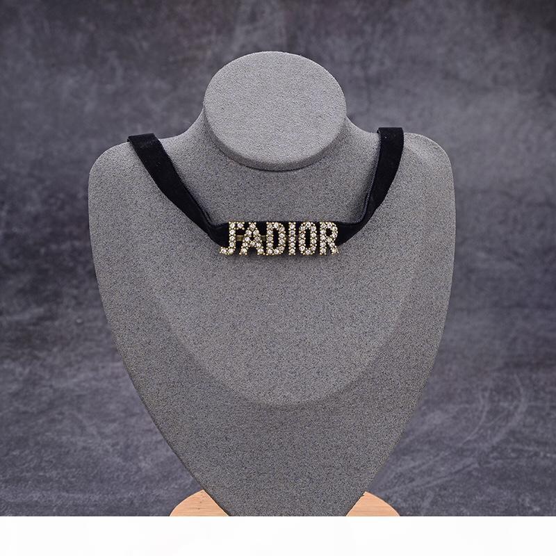 R y europea del collar de diamante cristalino de la manera americana de Nueva caliente del estilo del diseñador caliente va con una Negro collar para las mujeres