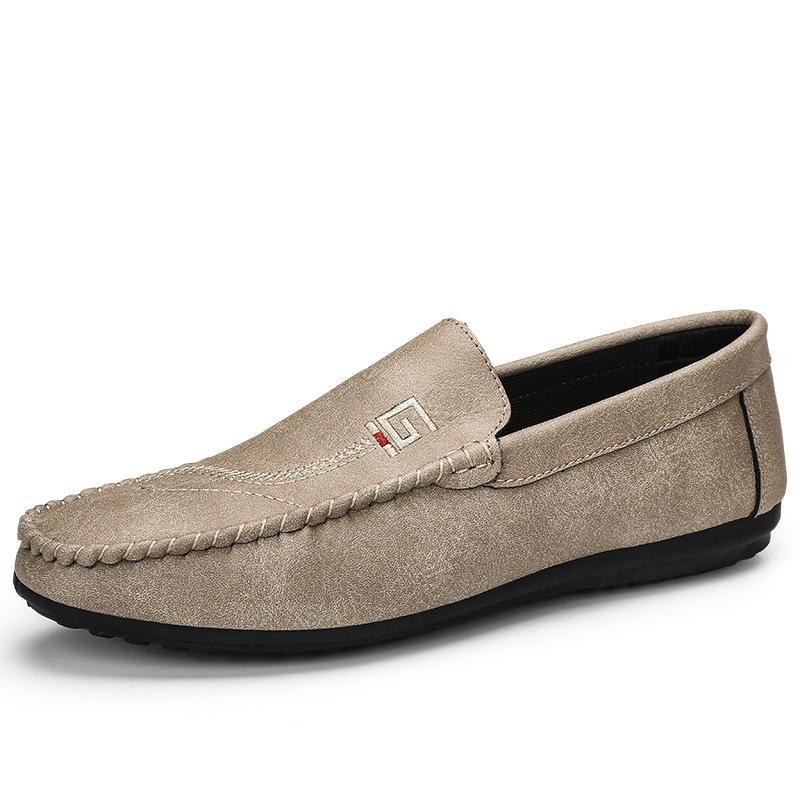 Classic Mens Slip On pattini casuali in pelle maschile morbida Loafer Appartamenti leggero abito da passeggio scarpe mocassini traspirante Mocassini Q-715