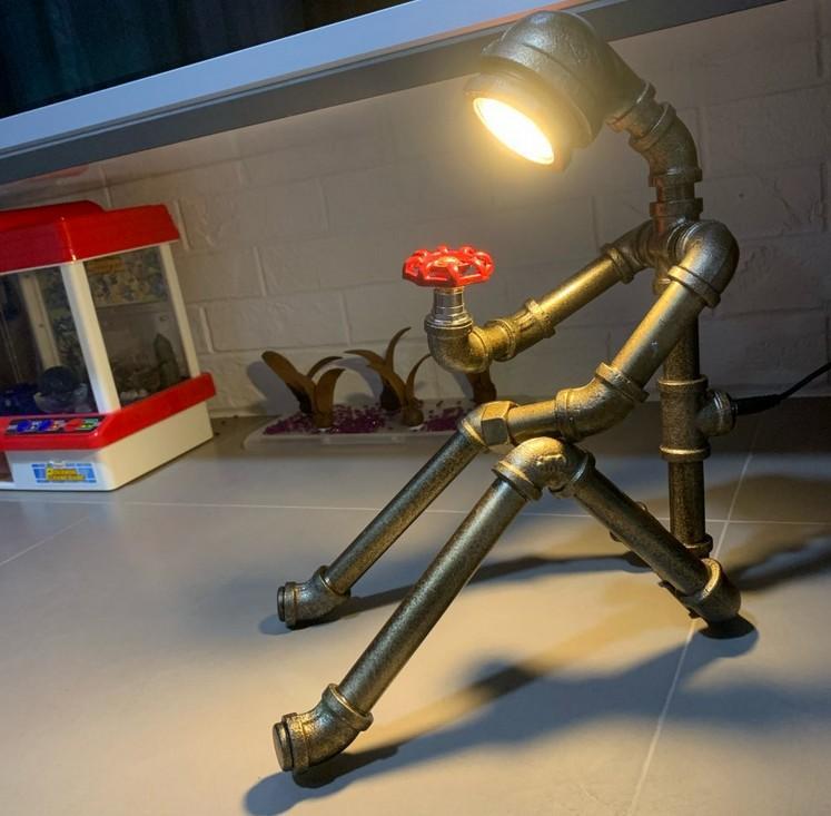 Vintage Water Tube Table Lamp Creative Robot Bar LOFT Cafe Bedroom Lamp Retro Industrial Country home art deco Led table lantern LLFA