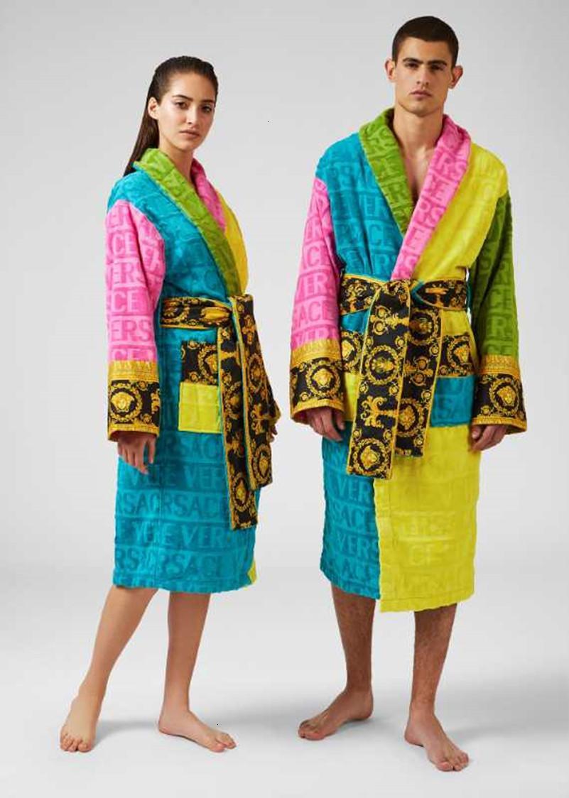 Marka tasarımcı bornozlar 12571 nefes elbise unisex pamuk pijama gece elbise yüksek kaliteli bornoz classcial lüks elbise uyku