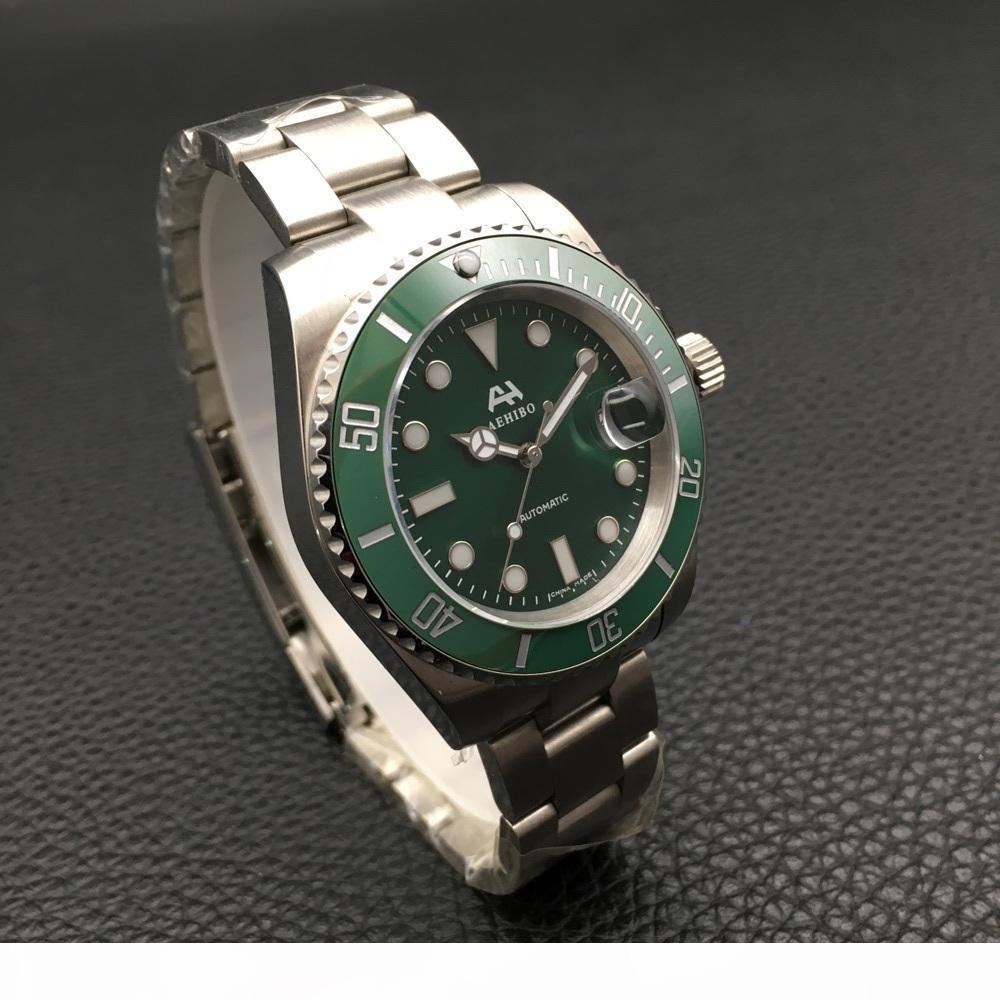 E Hot de haute qualité Montres Hommes Vert céramique Lunette en acier inoxydable 40mm automatique mécanique Wristwatch 116610 cadeau