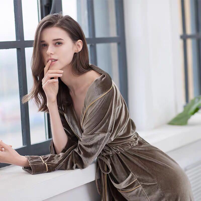 Donne lungo accappatoio di velluto da bagno di lusso morbido accappatoio Accappatoio sexy damigella d'onore degli abiti lunga camicia da notte delle donne loungewear homewear