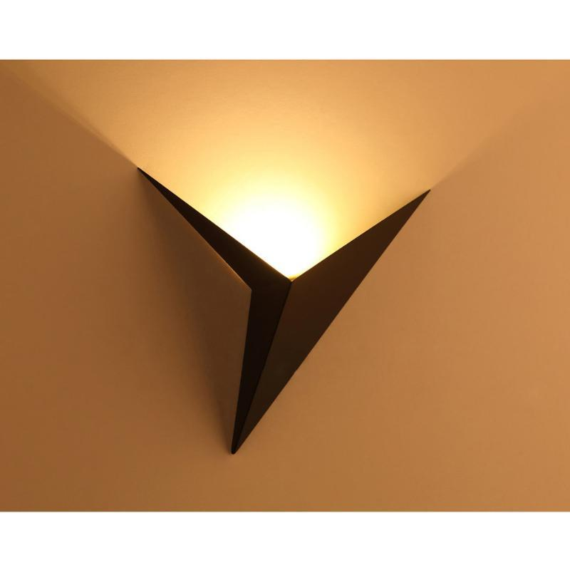2021 Creative Triangle Led Wall Lamp 3w Home Decoration Bedroom Bedside Ac85 265v Iron Led Wall Light For Makeup Mirror Light From Baiyulanflo 31 26 Dhgate Com