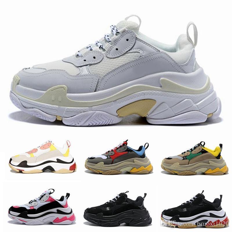 Paris 17FW Triple-S Walking Shoe Luxo Sapatos pai sapatilhas do desenhista Chaussures Femme Triple S 17FW para o vovô instrutor Old Men Women Vintage