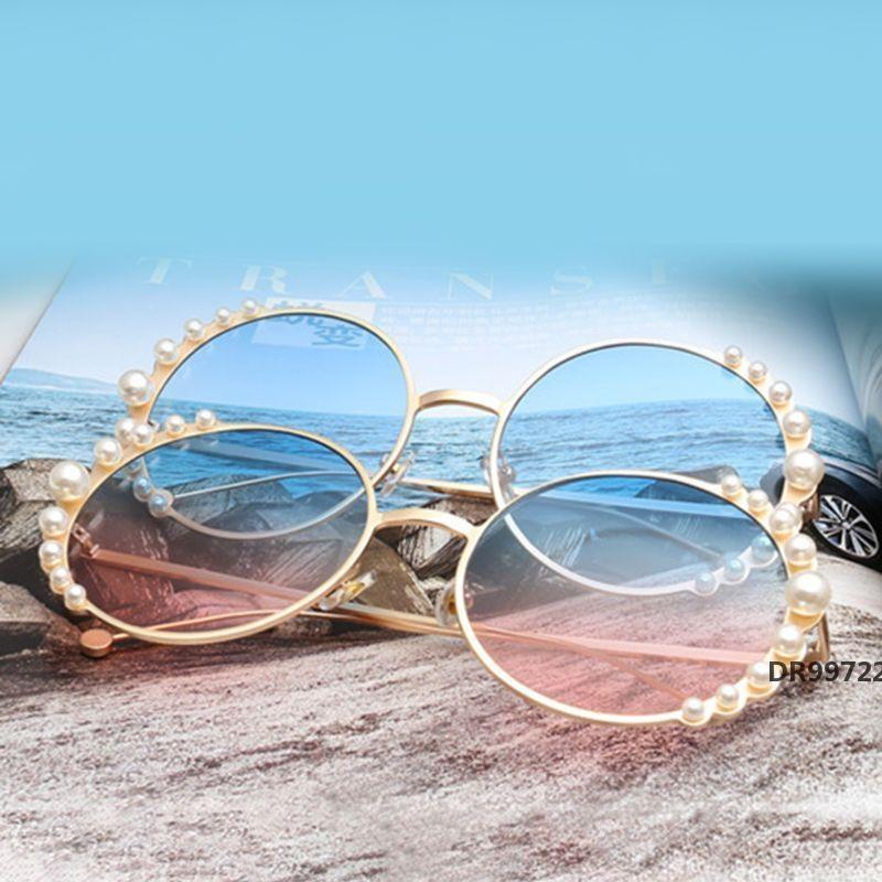 Moda Mulheres Sunglasses Redonda Quadro Personalidade Charme Oceano Artificial Pérolas Pára-Espelho Rua Fotografia PropsDR99722