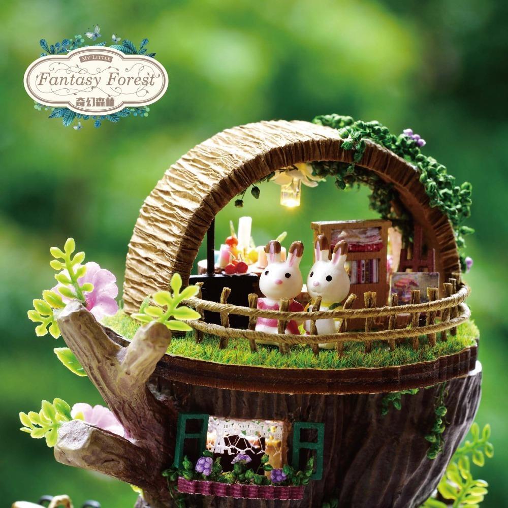 Miniature DIY Dollhouse FANTASY FOREST BOX avec musique Poupée en bois Maison modèle Kits Jouets pour enfants filles cadeau d'anniversaire Casa Y200414