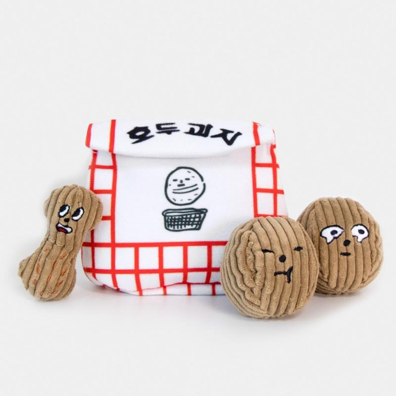 Novelty Peanut Pet Chew Toy Lovely Walnut Sniff Toys BB Sound Dog Toys Soft Interactive Game Dog Supplies
