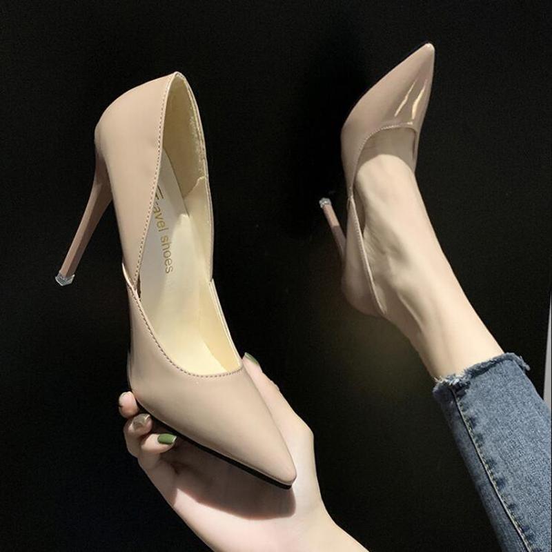 Chaussures à talons hauts Chaussures Femme Femme Mode Pointu Talons minces 10CM Heels 2020 Automne Nouveau Sexy Shallow D366 en cuir verni