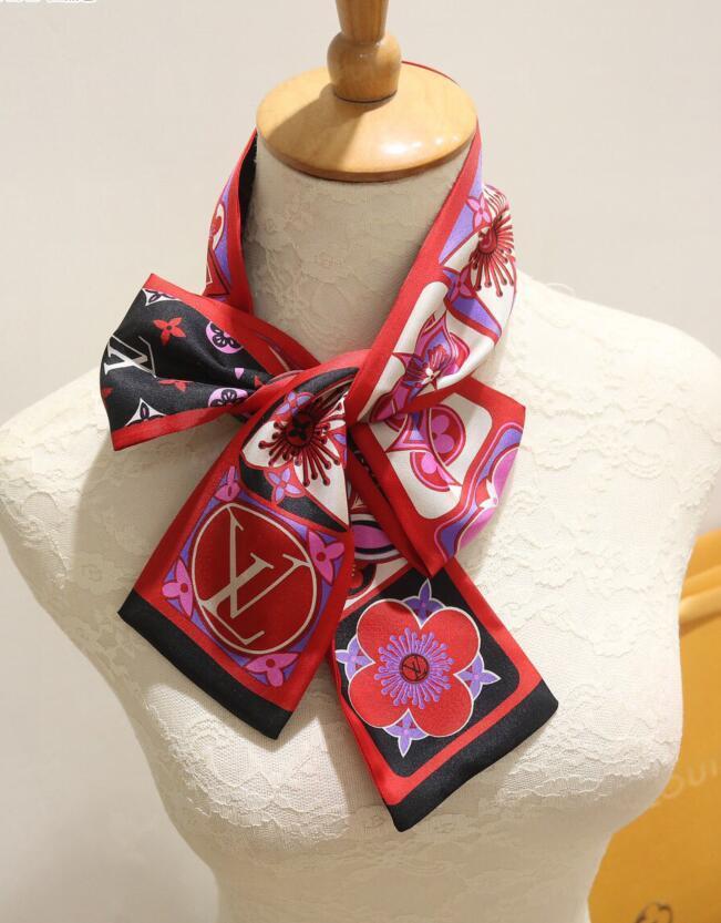 El más reciente marca de moda pañuelo de seda diseñador de banda para el cabello bufanda super suave pajarita venda de la manera bufanda de la cinta de la correa del bolso superiores de seda nivel