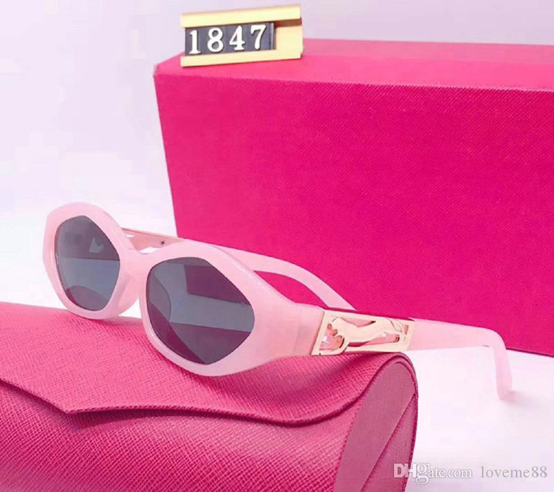 New Designer Lunettes de soleil de luxe marque de mode pour femme Lunettes de conduite Adumbral UV avec la boîte et le logo de haute qualité New Hot lunettes de soleil 1847