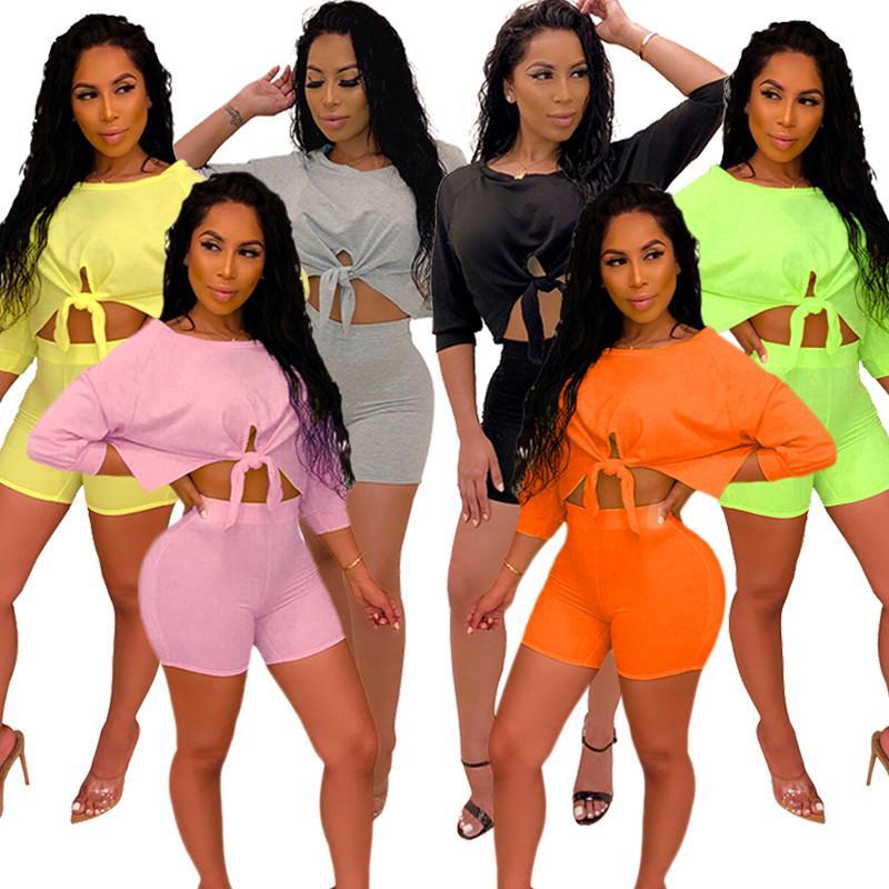 Donne Shorts Moda Tuta mezza manica allacciatura T-shirt Crop top + shorts 2 piece set solido maglietta di estate Outfits Abbigliamento sportivo Suit