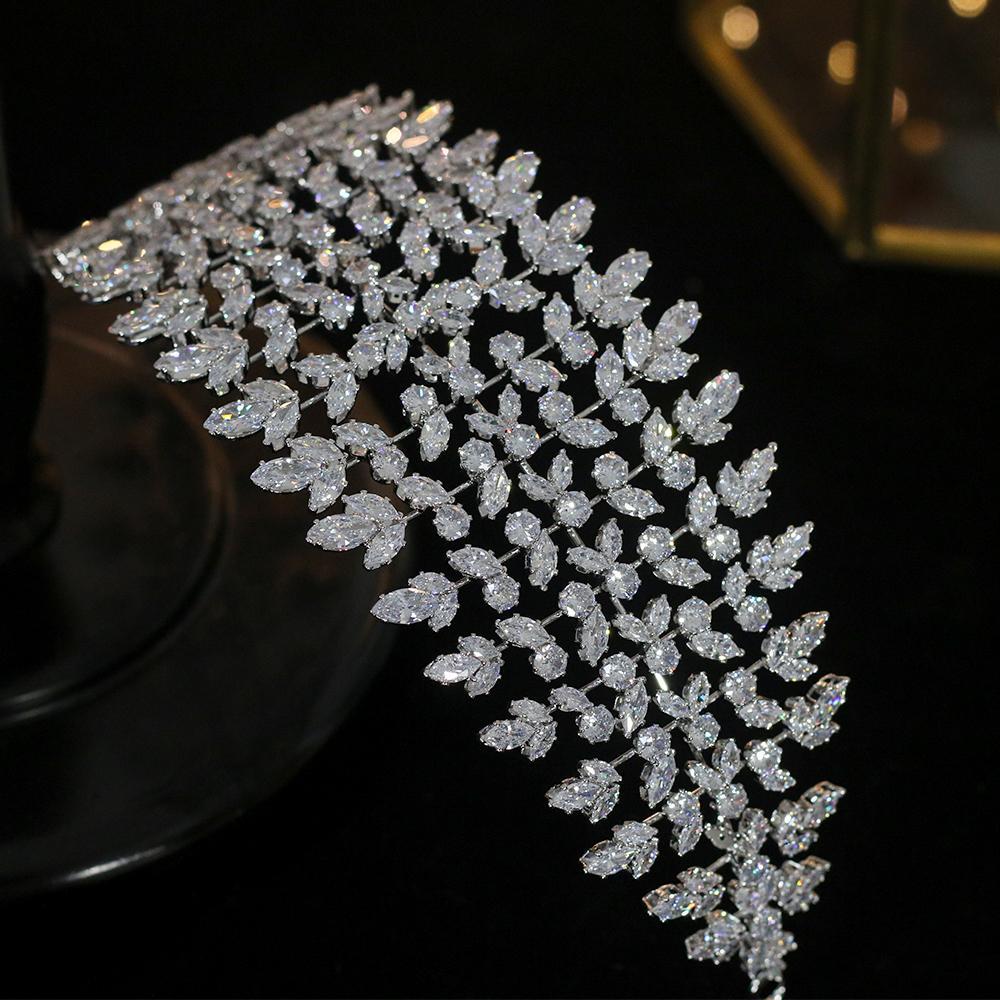 Clásico CZ 3A circonio cúbico boda real de lujo nupcial corona de la tiara del partido de las mujeres del partido del pelo Accesorios Y200727