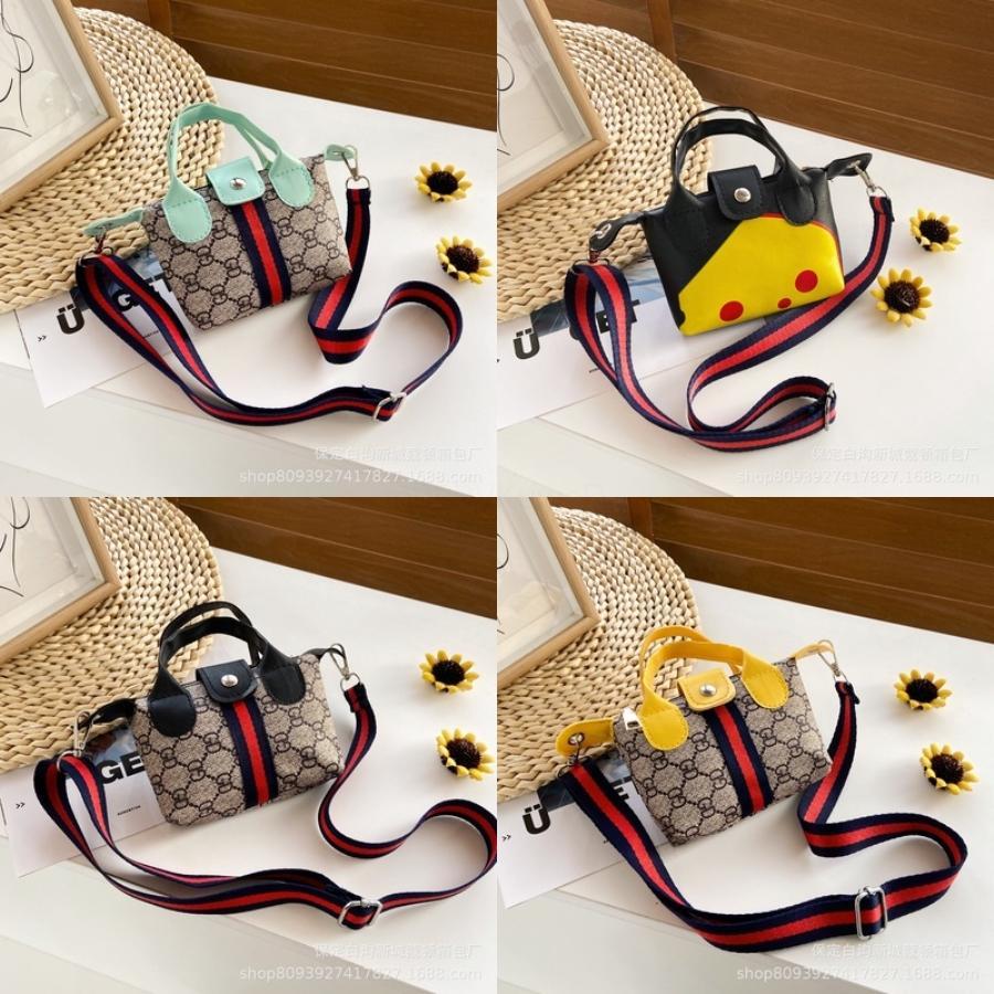 Bolsa de palha Bolsas de Ombro Meninas Corpo Cruz Crossbody Bag circulares Bolsas crianças sacos perfurados Bag Plain # 555