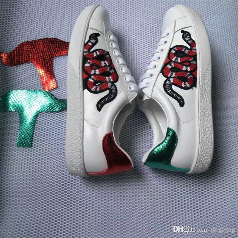 Genuíno couro do desenhador das sapatilhas das mulheres dos homens sapatos casuais planas forma branca de couro de luxo Genuine calçado desportivo Flor planas bordado