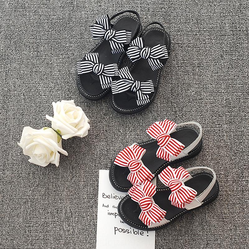 2020 Сандалии детских ботинок новые корейский стиль полосатых BOWKNOT детских сандалии случайная все-матч с открытым носком женской обувь