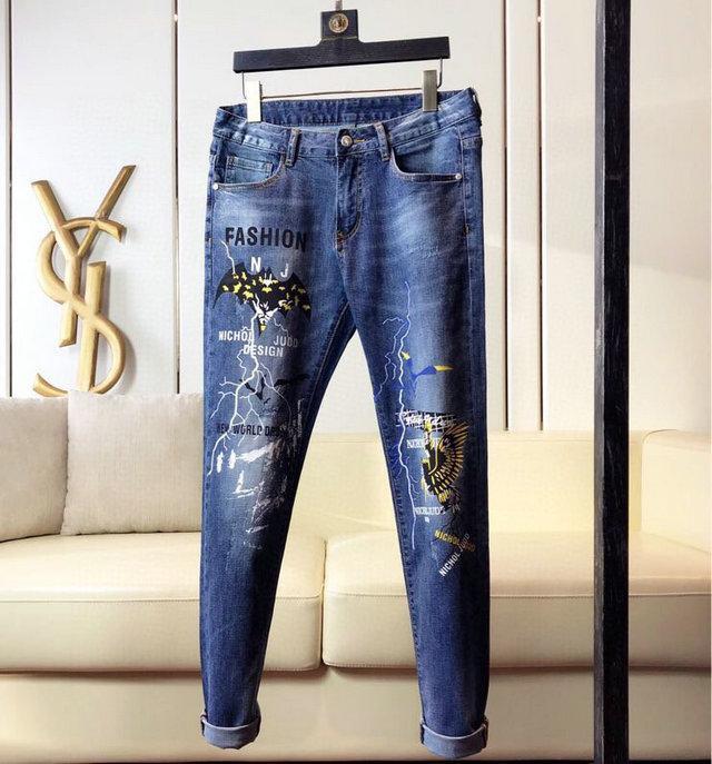 Moda Erkek Biker Jeans Deri Patchwork Slim Fit Siyah Moto Denim Koşucular için Erkek Sıkıntılı Kot Pantolon Ripped ~~ # SA122