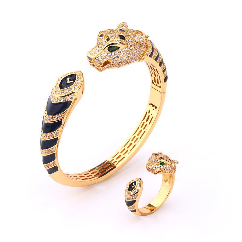 La alta calidad de circón esmalte negro leopardo cabeza brazalete chapado en oro de 18 quilates pulseras y anillos pantera sistemas de la joyería del partido del diseñador para las mujeres