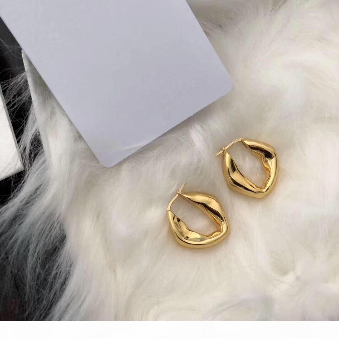 Pendientes Mujeres O Venta caliente personalidad explosiva planchas de espesor irregular Oro diseñador de joyas pendientes de lujo de diseño
