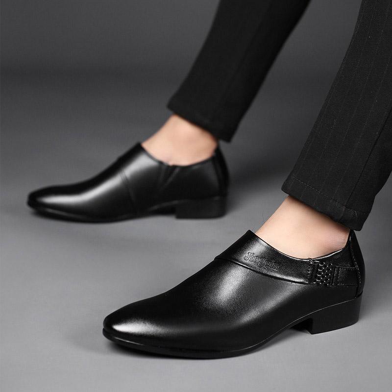 Homens de vestir sapatos de luxo sapatos vestido de noite oficial para homens casamento de vestir sapatos Marca formais loafe homens clássicos Shoes New
