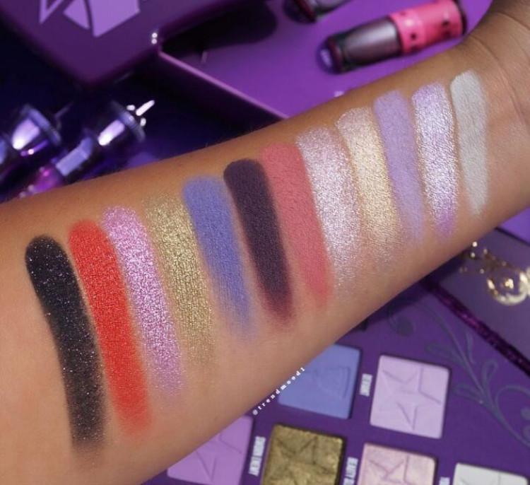 HOT Vente J Star Blood Lust et fard à paupières Shimmer Matte Puple Palette de fard à paupières cosmétiques Artistry Palette