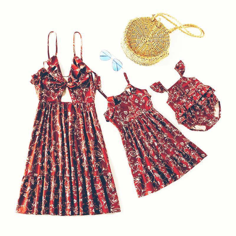 Kadın Elbise Çiçek Baskı Kolsuz Elbise Kare Boyun Bebek Romper Veli-Çocuk Kıyafet
