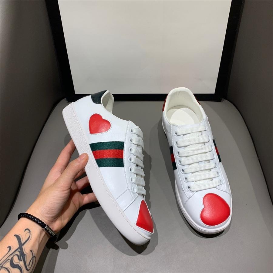 Homens calçados casuais preguiçosos das sapatilhas 2020 New Moda Handmade lazer preguiçosos Shoes Zapatos CASUALES Hombres Men # 972