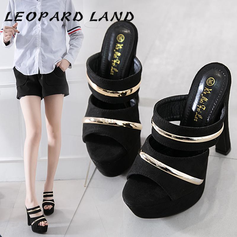 Sapatos de vestido Leopard Land 2021 Mulheres Sandálias Ultra High High Heel Plataforma Chinelos Desgaste Fashion Wild Womens CWF