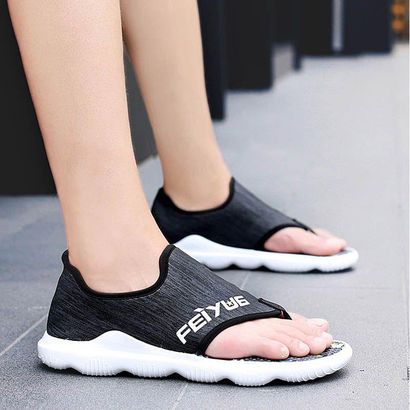 Лето 2020 Сандалии мужчины Бич обувь высокого качества Mens Мягкая Sandalias Удобная Открытый Повседневный Вьетнамки Стиль Sandalen Hombre
