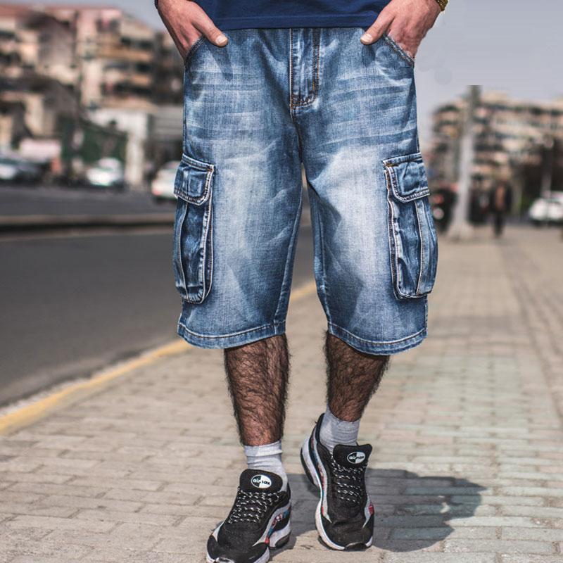 Pantalones vaqueros de los hombres de verano 2020 Modis Multi-bolsillo de los hombres de pantalones cortos de mezclilla azul Streetwear de gran tamaño sueltos recta pantalones cortos de mezclilla