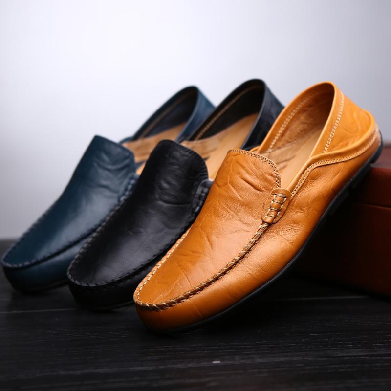 Cuero de la manera de los hombres zapatos ocasionales respirables de los holgazanes de los hombres mocasines de cuero genuino cómodos zapatos planos Calzado impermeable