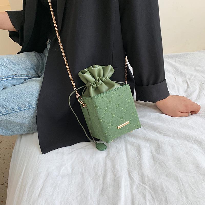 Kadınlar İçin Moda Kutu şekli Kepçe Çanta Kadınlar Cüzdanlar Lüks Çanta Kadınlar Çanta Tasarımcı İpli Omuz Crossbody Çanta