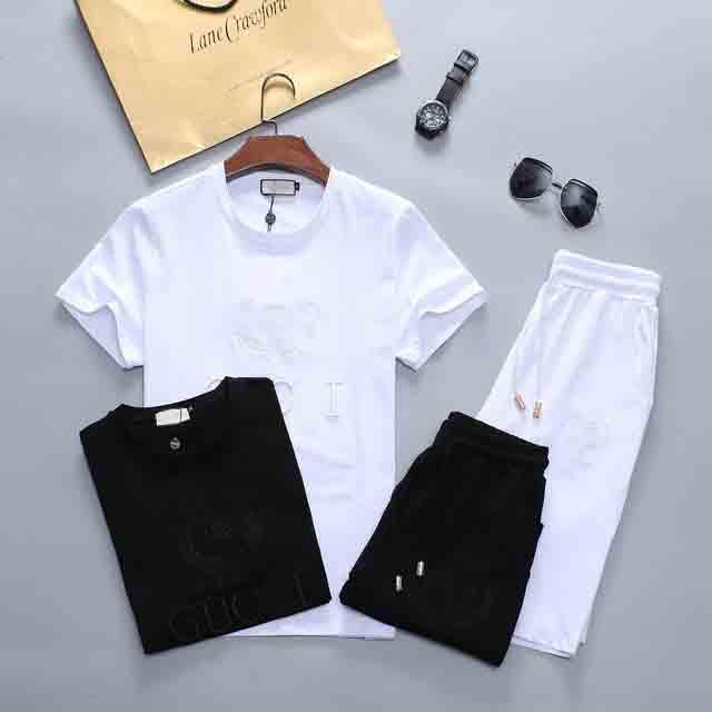 10 Piece libre envoyer DHL New marques d'homme Survêtements 2020 de jogging vêtements de costume T-shirt Designers vêtements ils court costume méduse T-shirt