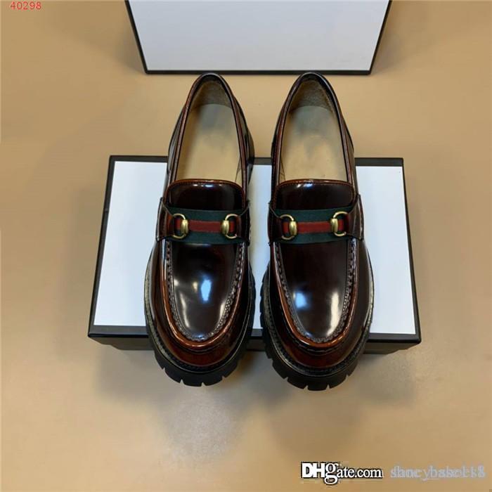 Mens mocasines casuales clásicos, zapatos casuales de cuero con el cambio gradual de color y zapatos de plataforma de moda con la gama alta de embalaje