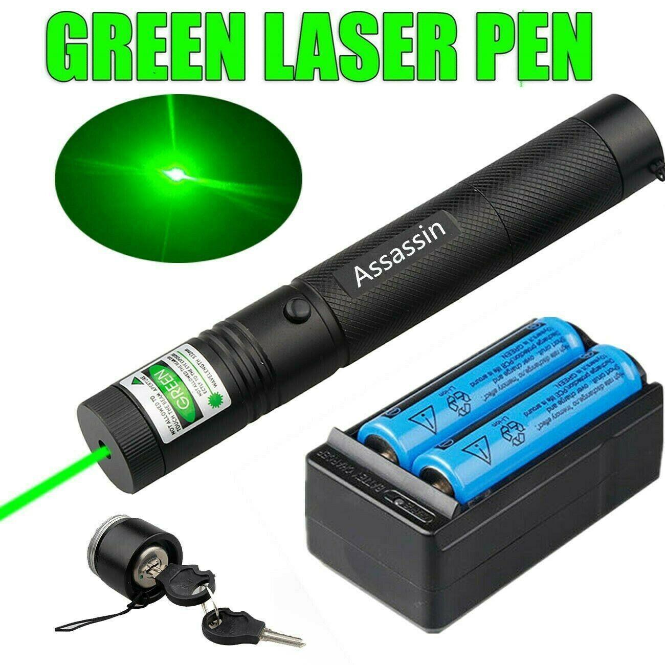 100miles Militärgrün-Laser-Zeiger-Feder-Super-Range-Astronomie-532nm leistungsfähige Katze-Spielzeug-justierbare Fokus 2 x 18650 Batterie + Ladegerät