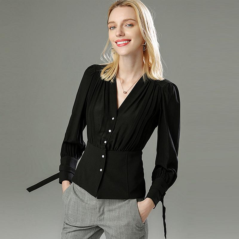 Women/'s shirt with different design
