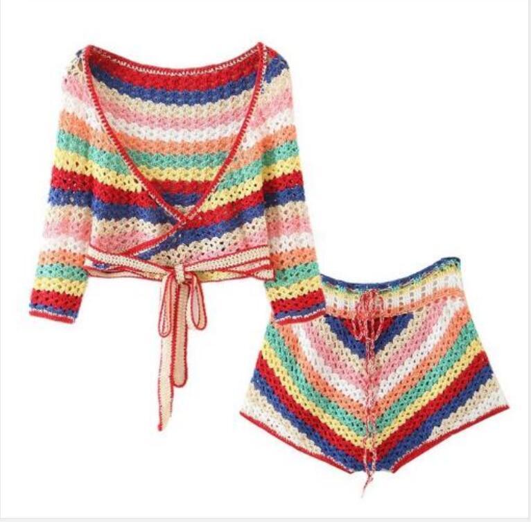 2020 BOHO шнуровкой Цветные полосатой вязания крючком руки свитера кардигана женщин бинты Мини Короткие шорты Половина рукавом 2 шт Брюки Set