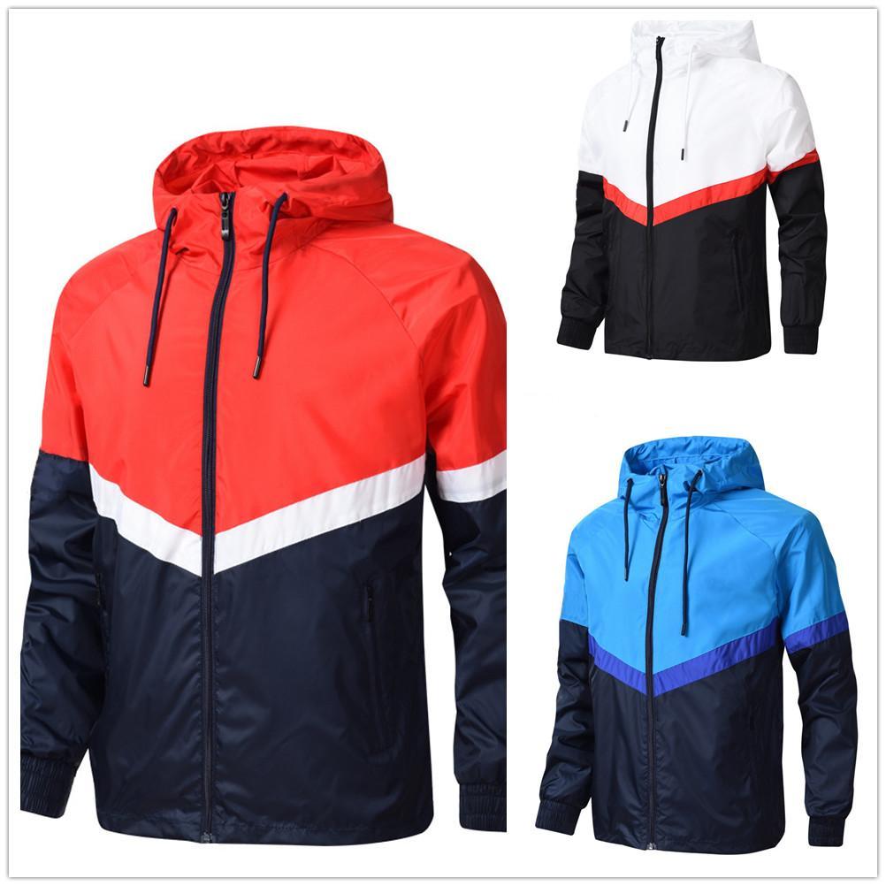 남성 디자이너 2020AD 잎 패턴 세 줄무늬 봄 통기성 스포츠 얇은 옷 UNISEX 자켓 여성 윈드 지퍼 스포츠웨어들이받은