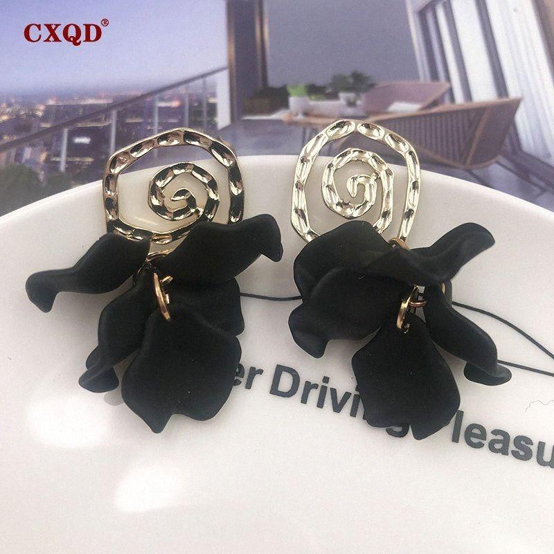 Mignon Noir Acrylique CXQD Mode Fleur Pétale Dangle Boucles d'oreilles pour les femmes 2019 Nouvelle Déclaration Trendy Fine Jewelry cadeau 2zkK #